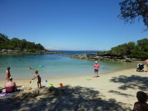 Honeymoon Bay freecamp - Jervis Bay