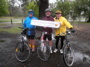 Start of Ken's 100km Pedal for Prostate with Bill & Nick - 24th Nov 2013