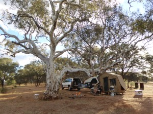 ON our own at a free-camp on the Murchison River, 70km south of Meekatharra